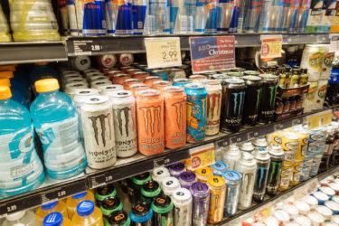 エナジードリンクMONSTERに含まれるカフェイン量と効果