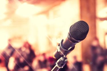 カラオケで上手く歌うためのマイクの使い方講座
